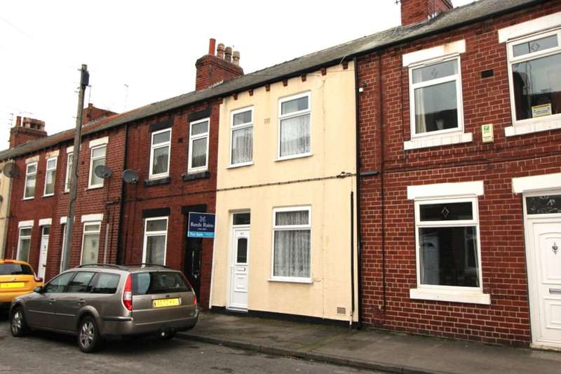 3 Bedrooms Terraced House for sale in Oxford Street, Normanton, WF6