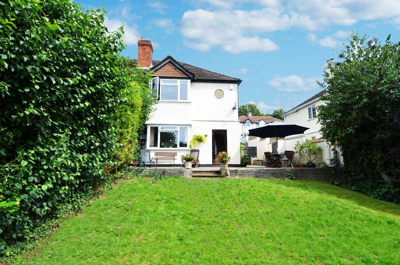 4 Bedrooms Semi Detached House for sale in Whinneys Road, Loudwater, HP10