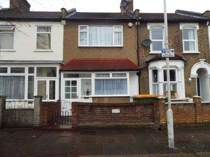 3 Bedrooms Terraced House for sale in Plaistow, London