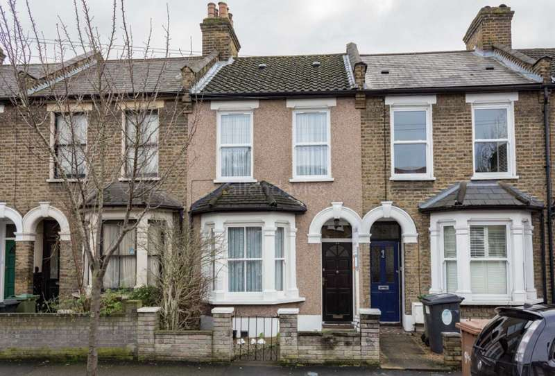 2 Bedrooms House for sale in Farmer Road, Leyton, E10