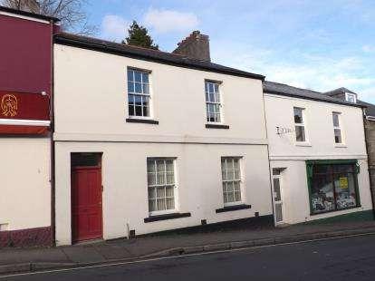 2 Bedrooms Flat for sale in Tavistock, Devon