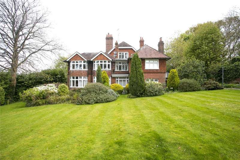 2 Bedrooms Flat for sale in Granville Road, Sevenoaks, Kent