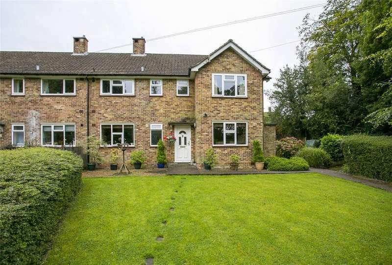 2 Bedrooms Flat for sale in White Lodge, Oak Lane, Sevenoaks, Kent