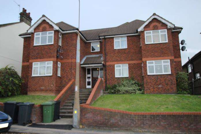 1 Bedroom Flat for rent in Rectory Road, Grays