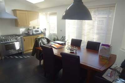1 Bedroom House Share for rent in Maple Drive WS5 Walsall