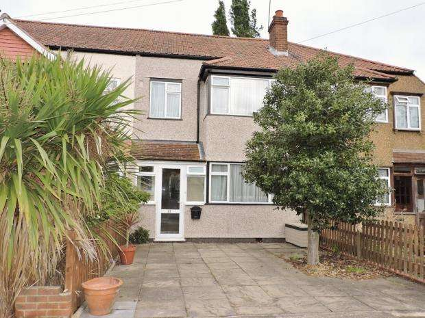 3 Bedrooms Terraced House for sale in Franks Avenue New Malden