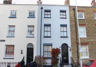 2 Bedrooms Terraced House for sale in Princes Crescent, Margate, Kent