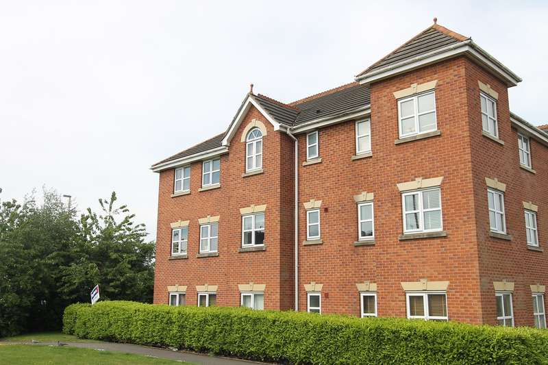 2 Bedrooms Flat for sale in Morris Court, Bull Street, Brierley Hill, DY5