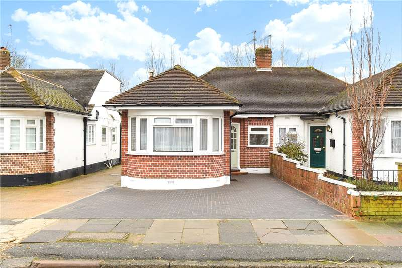 3 Bedrooms Semi Detached Bungalow for sale in Whitby Road, Ruislip, Middlesex, HA4