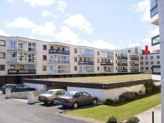 1 Bedroom Apartment Flat for sale in Queens Court, Ramsey, IM8 1LF
