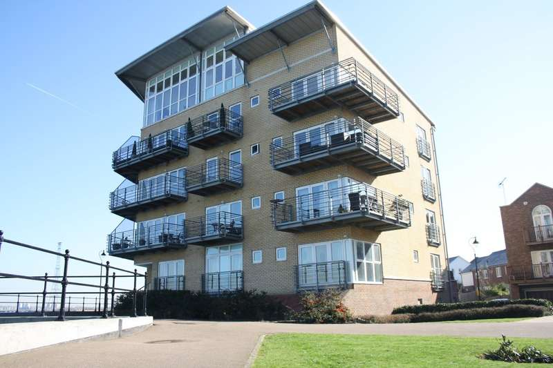 2 Bedrooms Flat for sale in Lightermans Way, Greenhithe