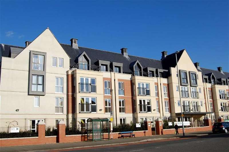1 Bedroom Retirement Property for sale in Gloddaeth Street, Llandudno, Conwy