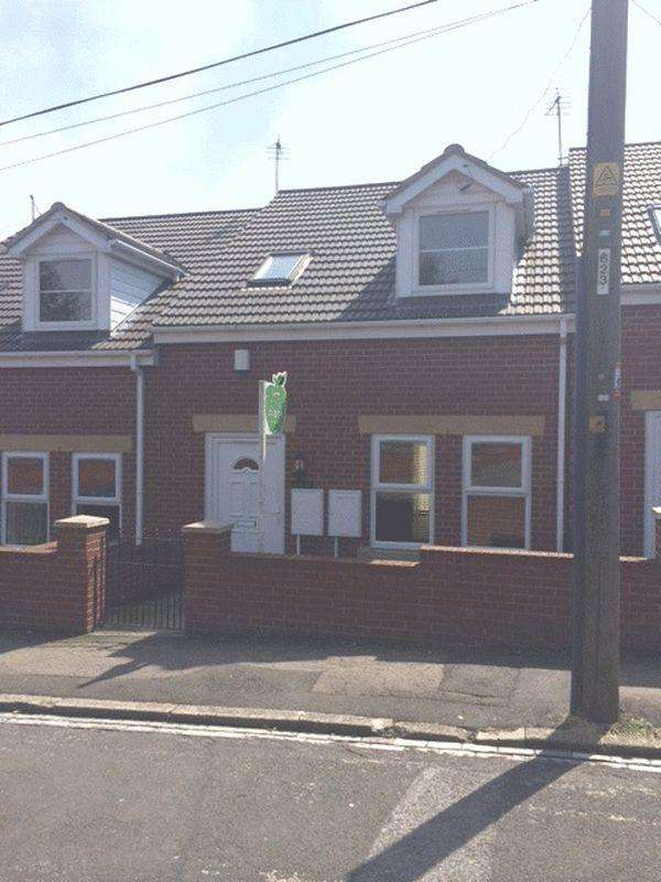 3 Bedrooms Bungalow for sale in Crawlaw Road, Easington Colliery