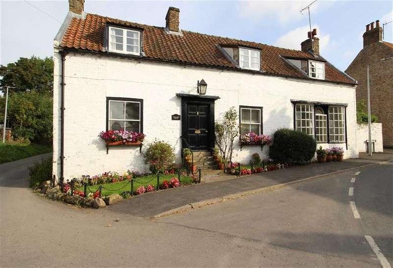 3 Bedrooms Detached House for sale in East Street, East Street, Kilham, East Yorkshire
