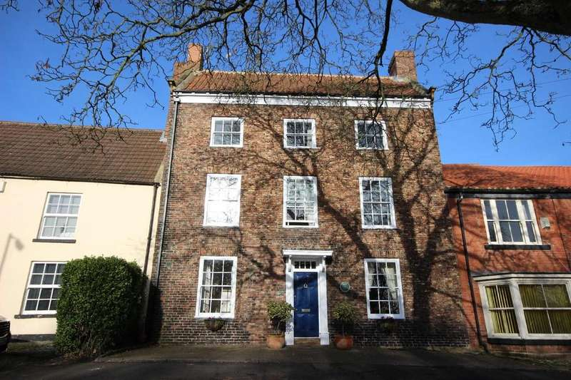 6 Bedrooms Town House for sale in Front Street, Sedgefield