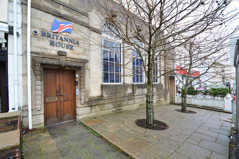 Office Commercial for rent in Ground Floor and Basement 16 Poole Hill, Bournemouth, BH2 5PS