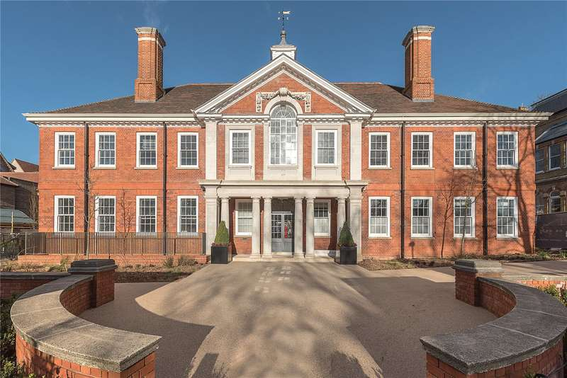 3 Bedrooms Flat for sale in The Heritage Apartments, Woodside Square, London, N10