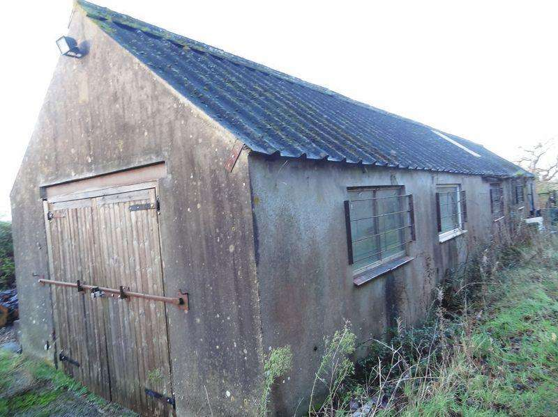 Barn Character Property for rent in Church Lane, Churchill, Winscombe