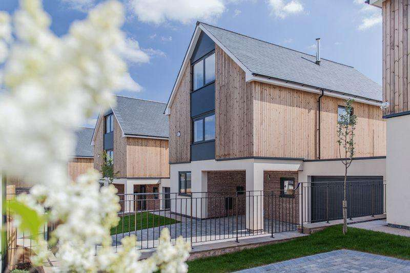 4 Bedrooms Detached House for sale in Llangrove, Monmouth. New Build