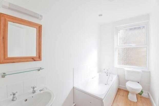 2 Bedrooms Apartment Flat for rent in Worthington Street, Dover