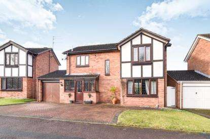 4 Bedrooms Detached House for sale in Goosehill Close, Redditch, Worcestershire