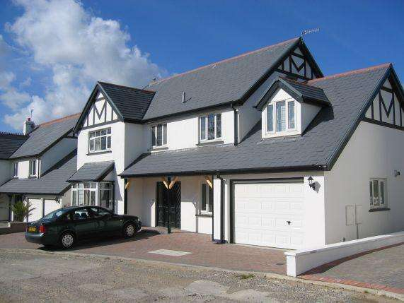 5 Bedrooms House for sale in Fairways Drive, Mount Murray, Braddan, IM4 2JB