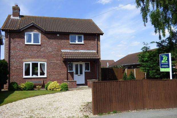 3 Bedrooms Detached House for sale in High Holme Road, Louth, LN11