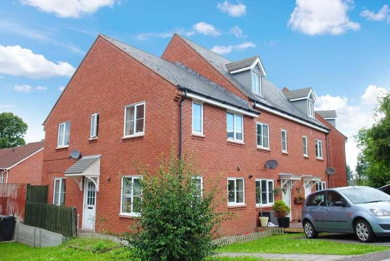 3 Bedrooms Semi Detached House for sale in Rogers Walk, Cotford St. Luke