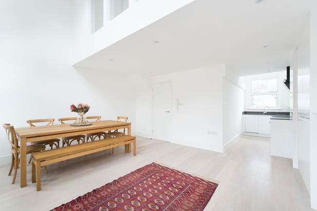 2 Bedrooms Flat for sale in Hormead Road, London, W9