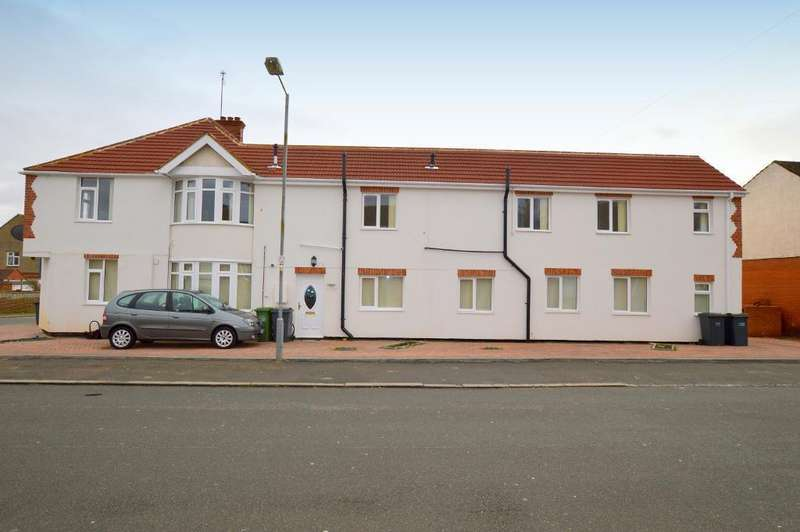 6 Bedrooms Detached House for sale in Cranleigh Gardens, Luton, Bedfordshire, LU3 1LS