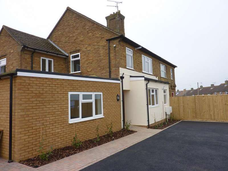 1 Bedroom Apartment Flat for sale in Cotswold Crescent, Chipping Norton