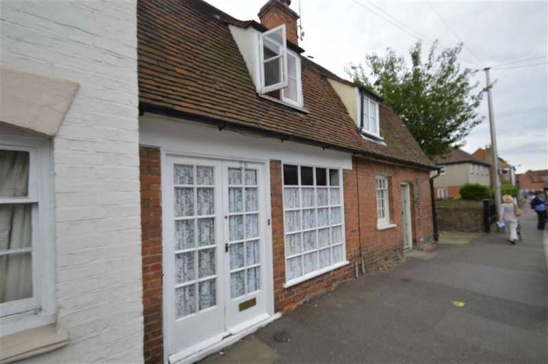 1 Bedroom Terraced House for sale in East Street, Rochford, Essex