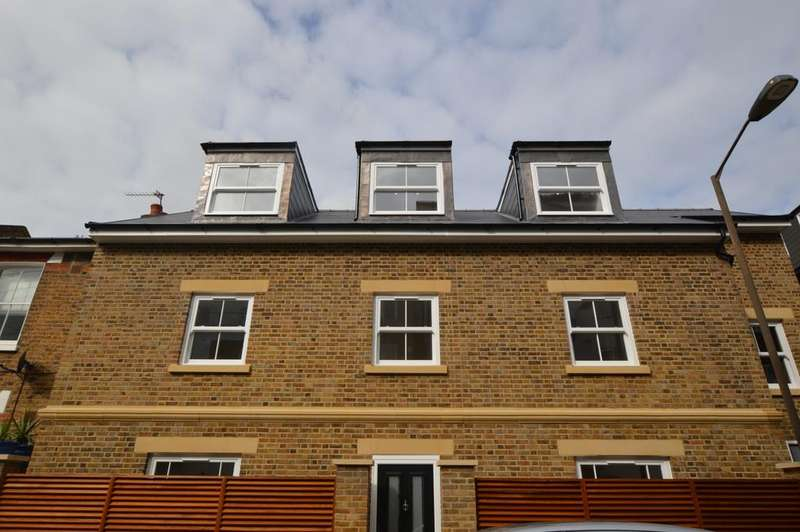 2 Bedrooms Flat for sale in Burchell Road Peckham SE15