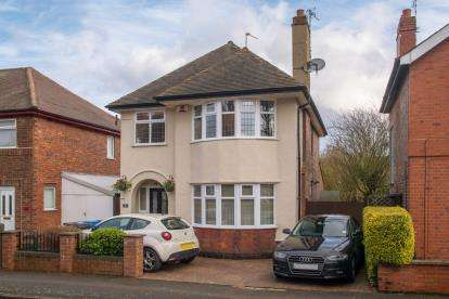 3 Bedrooms Detached House for sale in Cleveland Avenue, Long Eaton, Nottingham