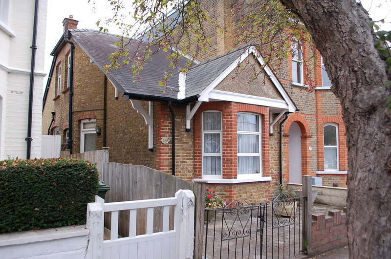 2 Bedrooms House for sale in Hampton