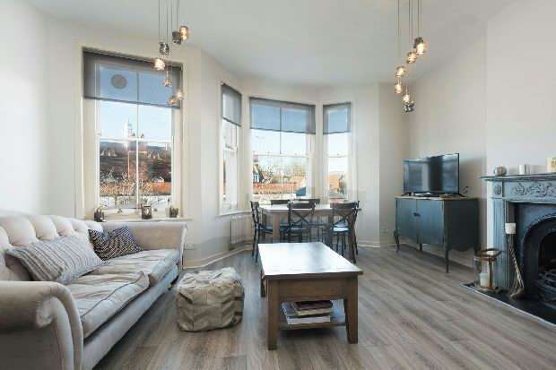 1 Bedroom Flat for sale in Kingsgate Road, West Hampstead, NW6