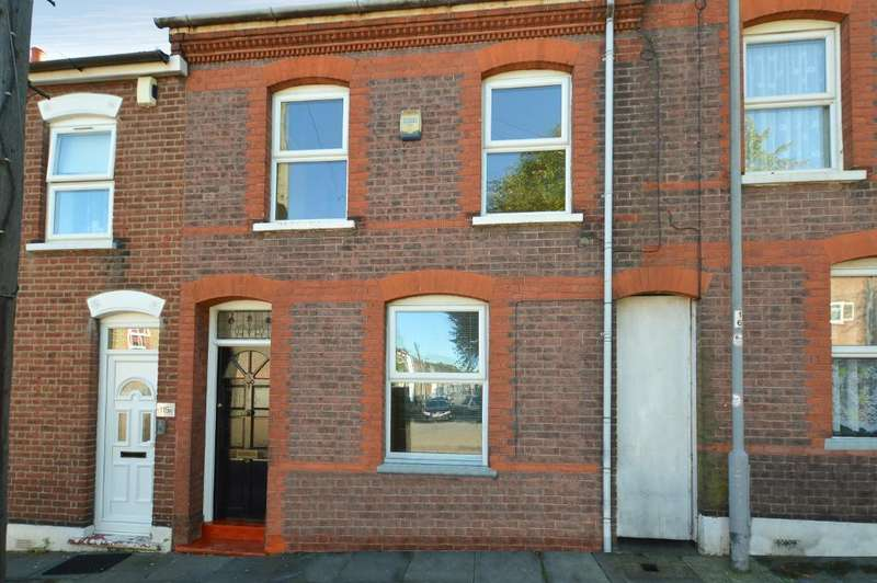 3 Bedrooms Terraced House for sale in Albert Road, South Luton, Luton, LU1 3PT