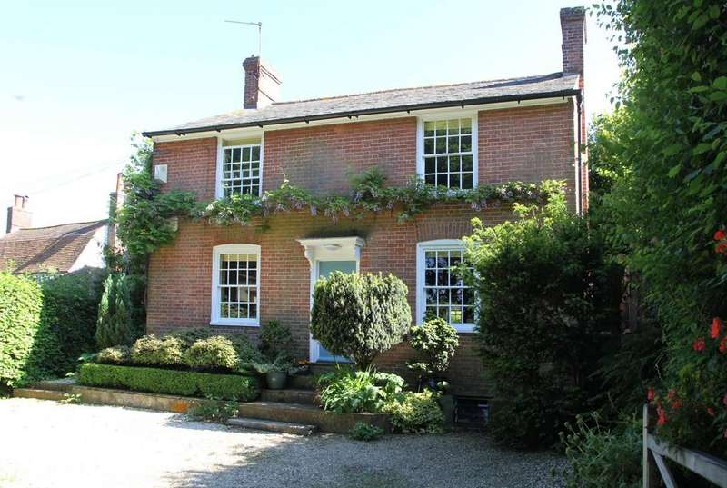 3 Bedrooms Cottage House for sale in Main Street, Beckley, East Sussex TN31 6RS