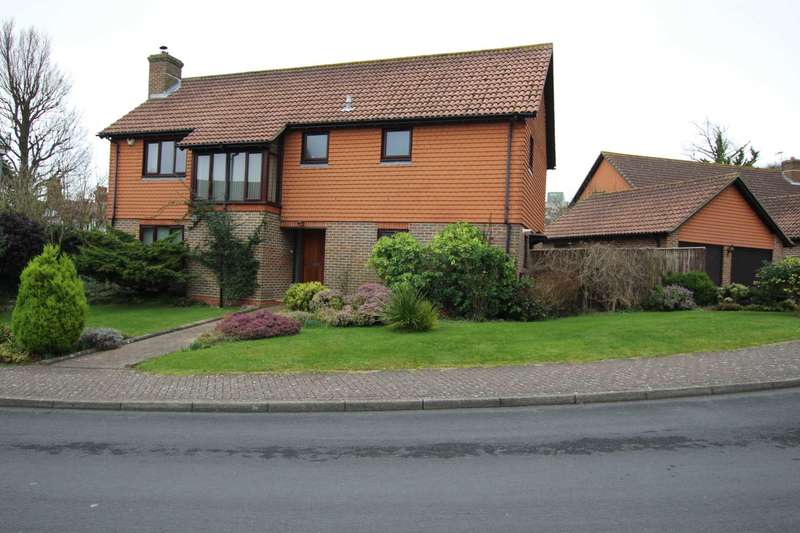 4 Bedrooms Detached House for sale in Saffrons Park, Eastbourne, BN20 7UX