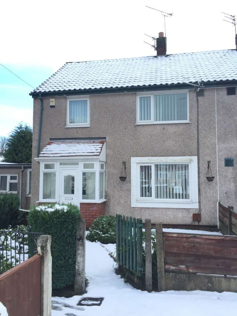 3 Bedrooms Semi Detached House for sale in Suffield Walk, Wythenshawe