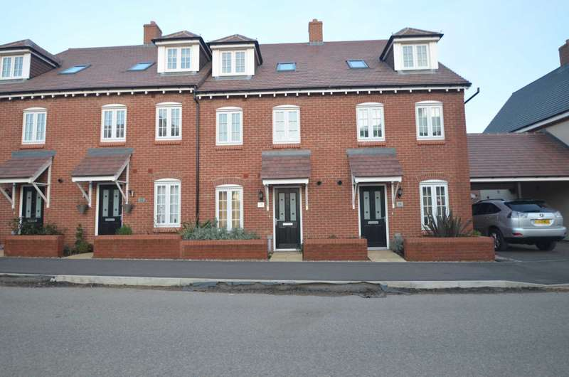 4 Bedrooms Terraced House for sale in Great Denham