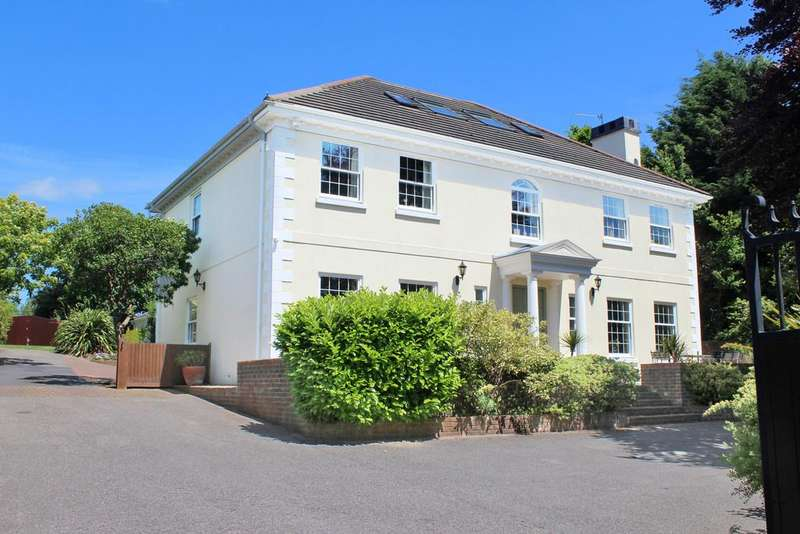 5 Bedrooms Detached House for sale in Storrington - with stunning views