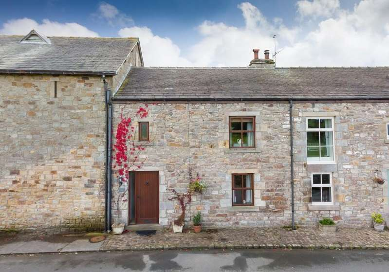 3 Bedrooms Barn Conversion Character Property for sale in Cranewood Cottage, 8 Tarnwater Lane, Ashton With Stodday, Lancaster LA2 0AH