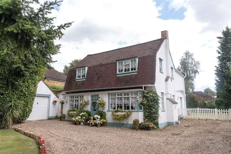 4 Bedrooms Detached House for sale in Joiners Lane, Chalfont St. Peter, Gerrards Cross, Buckinghamshire, SL9