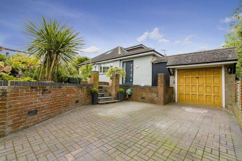 4 Bedrooms Bungalow for sale in Mill Road, Lancing