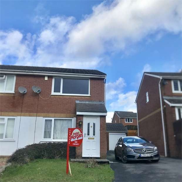 2 Bedrooms Semi Detached House for sale in Bryn Heulog, Waunceirch, Neath, West Glamorgan