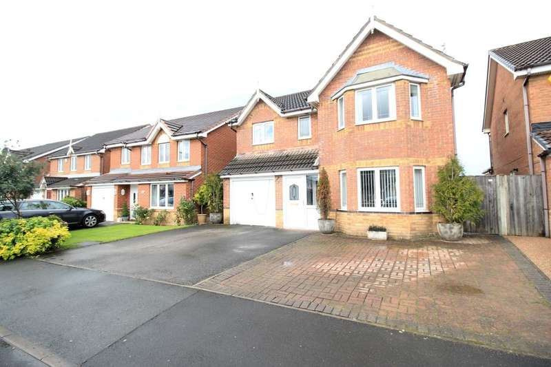 4 Bedrooms Detached House for sale in Peel Hall Avenue, Tyldesley, Manchester, M29