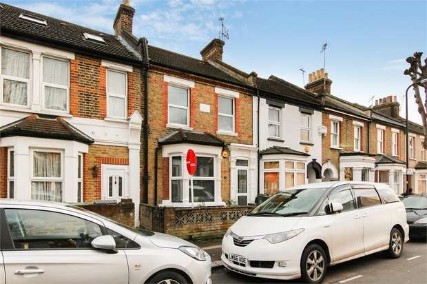 2 Bedrooms Terraced House for sale in Victoria Road, Walthamstow, London