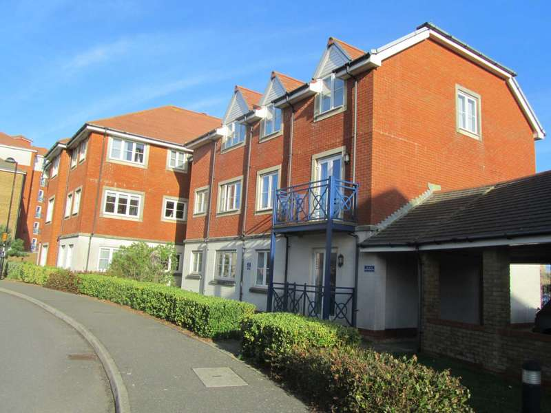 3 Bedrooms Flat for sale in Martinique Way, Eastbourne