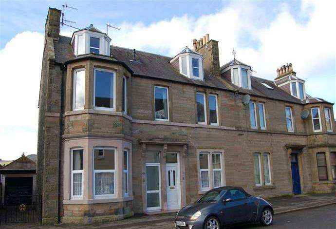 3 Bedrooms Flat for sale in 33 Traquair Road, Innerleithen, EH44 6PD
